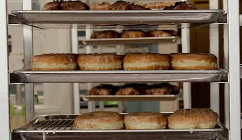 Doughnut Screen Rack